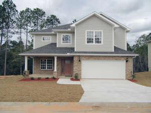 Featured Property in Crestview, FL 32539