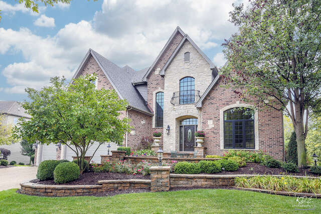 Single Family for Sale at 3711 Timber Creek Lane Naperville, Illinois 60565 United States