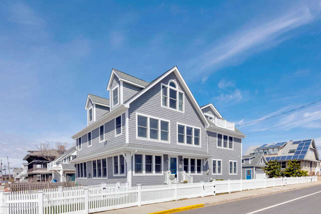 Single Family for Sale at 242 East Avenue Bay Head, New Jersey 08742 United States