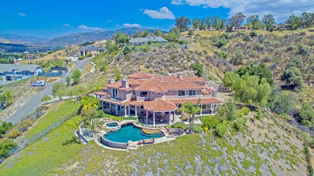 Single Family for Sale at 24533 Desert Avenue Newhall, California 91321 United States