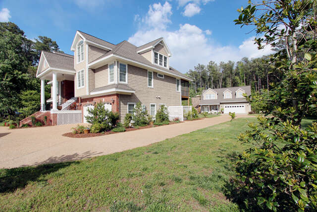 Single Family for Sale at 96 Speck Ave Deltaville, Virginia 23043 United States
