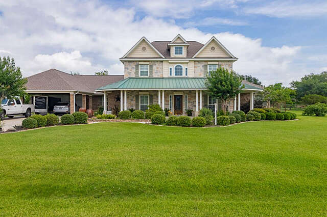 Single Family for Sale at 9011 Water Point Beach City, Texas 77523 United States