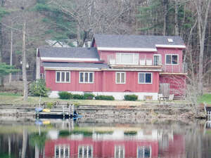 Featured Property in Castleton, VT 05735