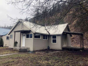 Featured Property in Smelterville, ID 83868