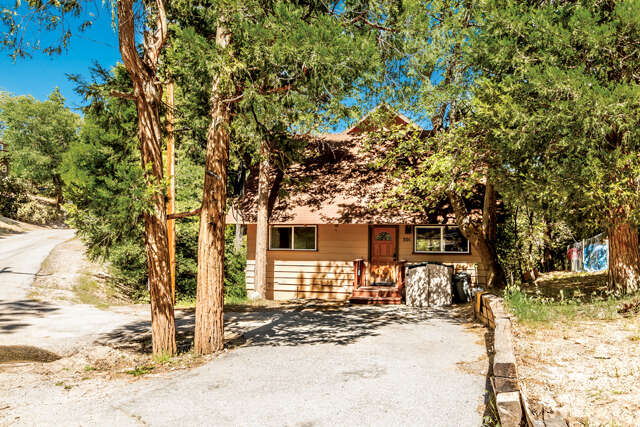 Real Estate for Sale, ListingId:44179367, location: 301 Chipmunk Lake Arrowhead 92352
