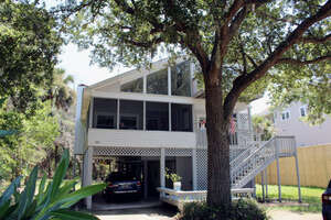 Featured Property in Edisto Island, SC 29438