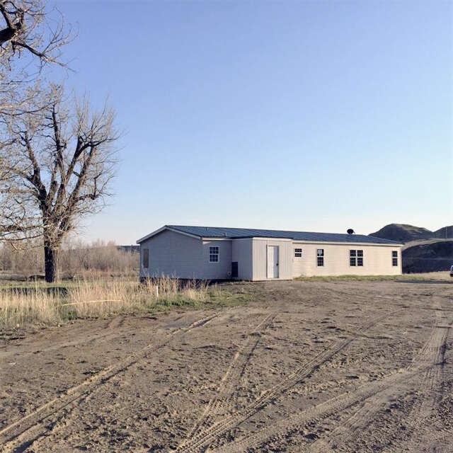 Real Estate for Sale, ListingId:45778507, location: 3383 Upper Powder River Road Buffalo 82834
