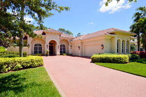 Featured Property in Naples, FL 34119