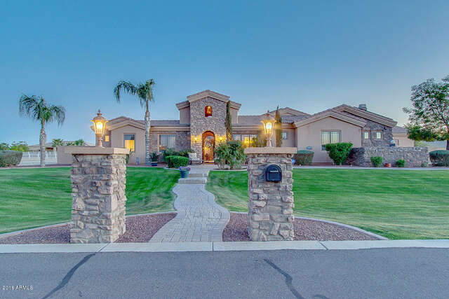 Single Family for Sale at 21235 E Orchard Ln Queen Creek, Arizona 85142 United States