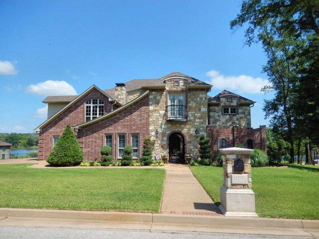 Single Family for Sale at 107 Lake Lou Ella Drive Bullard, Texas 75757 United States