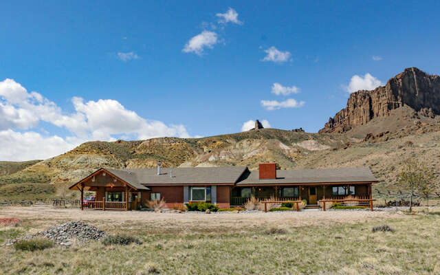 Single Family for Sale at 31 Willow Creek Rd Cody, Wyoming 82414 United States