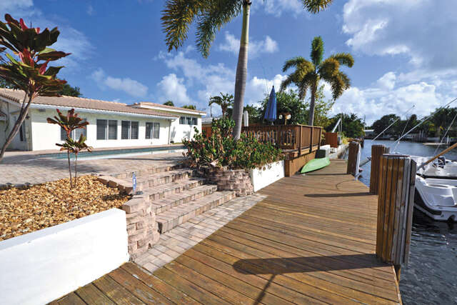 Single Family for Sale at 529 SE 13th Avenue Deerfield Beach, Florida 33441 United States