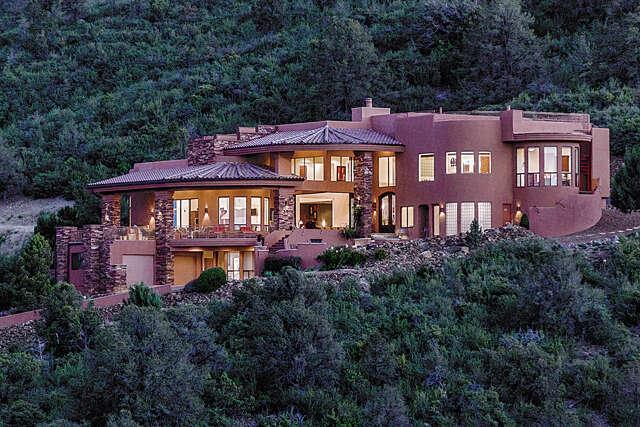 Single Family for Sale at 675 W Lee Blvd Prescott, Arizona 86303 United States