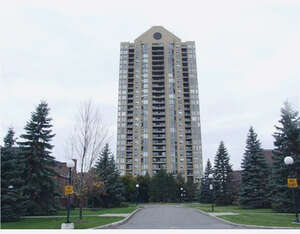 Featured Property in Ottawa, ON K1K 4H9