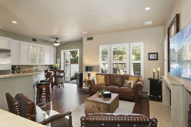 Single Family for Sale at 2517 Aquasanta Tustin, California 92782 United States