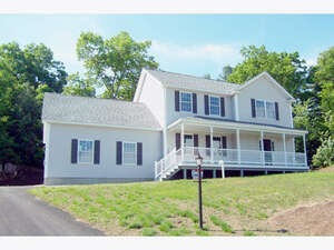 Featured Property in Windham, NH 03087