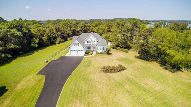 Single Family for Sale at 33 Woolfold Drive Mineral, Virginia 23117 United States