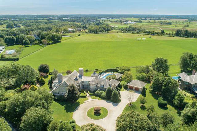 Single Family for Sale at 6 Dannielles Way Bridgehampton, New York 11932 United States