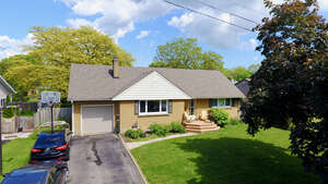 Featured Property in St Catharines, ON L2M 2A2