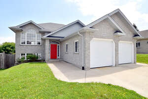 Featured Property in Owen Sound, ON N4K 6V2