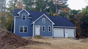 Featured Property in Eliot, ME 03903