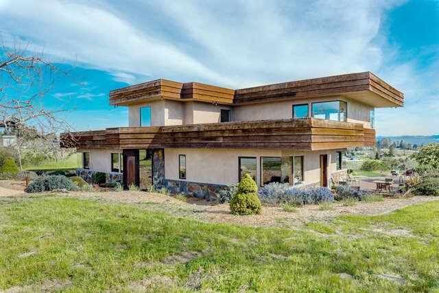 Single Family for Sale at 3700 Mariola Road Sebastopol, California 95472 United States