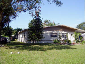 Featured Property in Sarasota, FL 34237