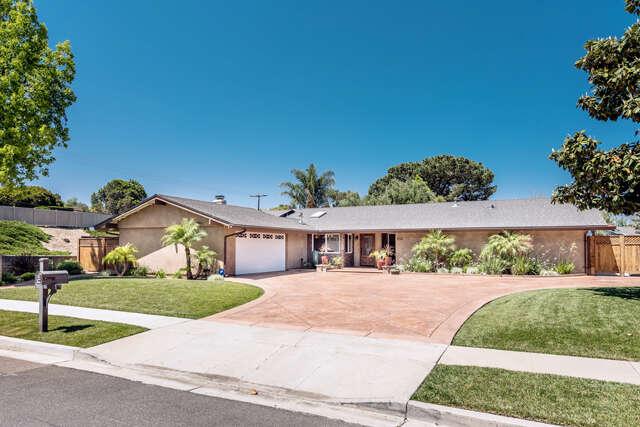 Single Family for Sale at 1627 Riente Street Camarillo, California 93010 United States