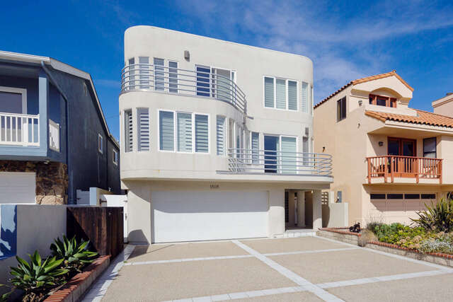 Single Family for Sale at 1808 Ocean Drive Oxnard, California 93035 United States