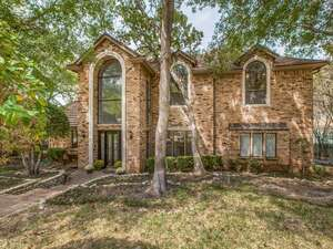 Featured Property in Arlington, TX 76012