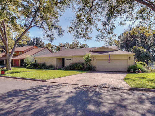 Single Family for Sale at 313 Meadowlakes Drive Meadowlakes, Texas 78654 United States