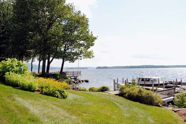 Single Family for Sale at 48 Captains Walk Moultonborough, New Hampshire 03254 United States