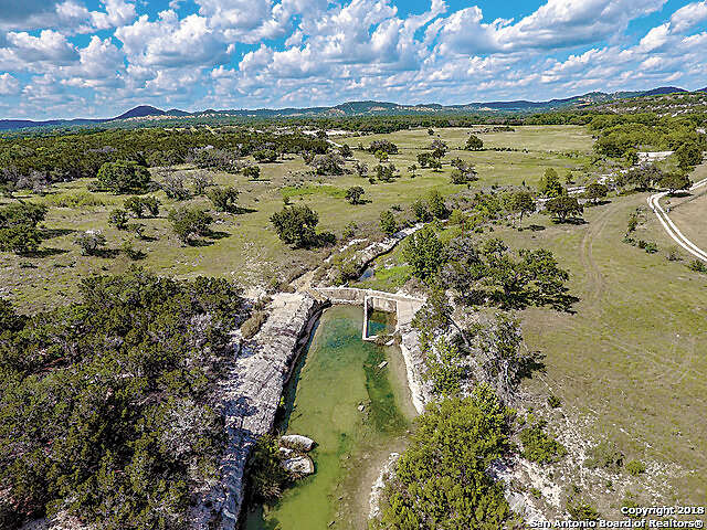 Single Family for Sale at 3005 Privilege Creek Rd Pipe Creek, Texas 78063 United States