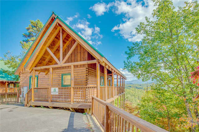 Real Estate for Sale, ListingId:44033146, location: 4614 Nottingham Heights Way Pigeon Forge 37863