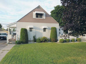 Featured Property in Arnprior, ON K7S 1Y8