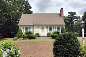 Featured Property in Mashpee, MA 02649