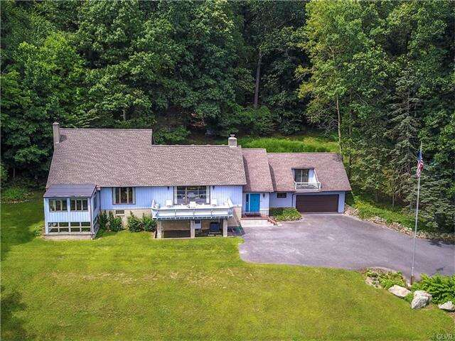 Single Family for Sale at 2323 Springtown Hill Road Hellertown, Pennsylvania 18055 United States