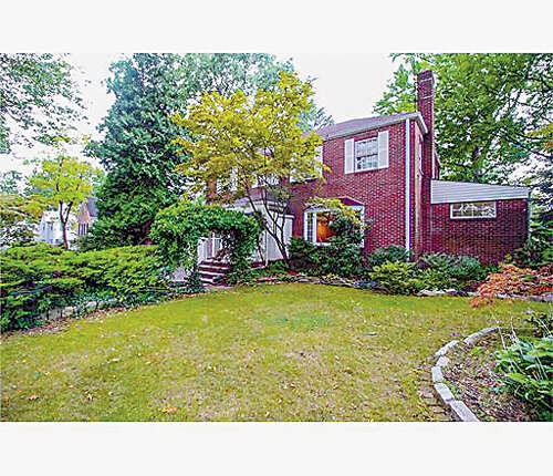 Single Family for Sale at 103 Clive Street Edison, New Jersey 08820 United States