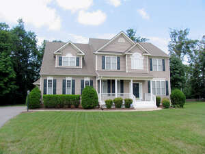 Single Family Home for Sale, ListingId:40192608, location: 3606 Planters Walk Court Midlothian 23113