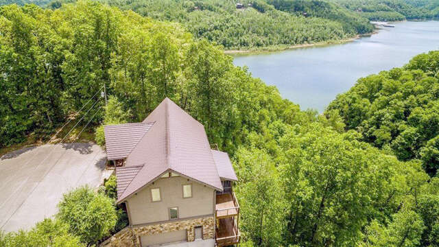 Single Family for Sale at 858 Harbor Green Pl Sparta, Tennessee 38583 United States