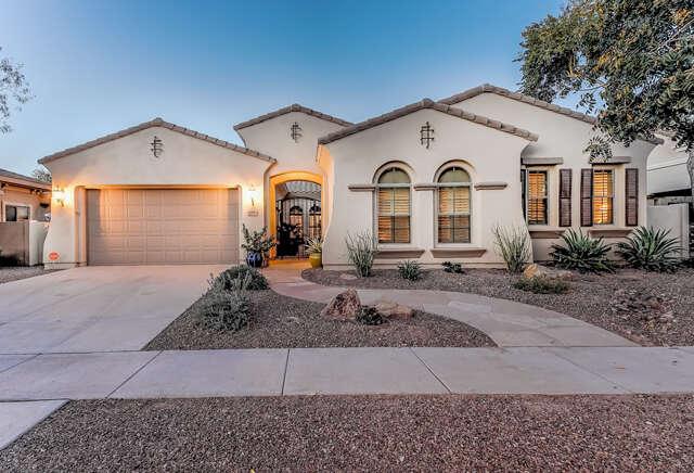 Single Family for Sale at 4310 E Santa Fe Ln Gilbert, Arizona 85297 United States