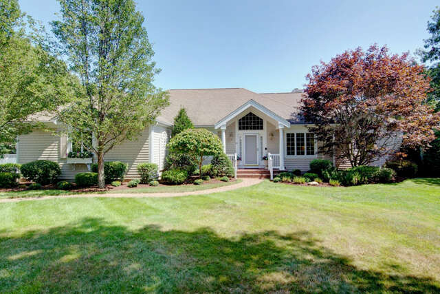 Single Family for Sale at 68 Wellwood Circle East Falmouth, Massachusetts 02536 United States