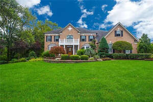 Featured Property in Freehold Twp, NJ 07728