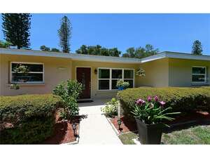 Featured Property in Sarasota, FL 34231