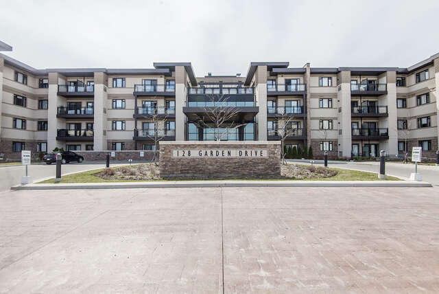 Real Estate for Sale, ListingId:44513455, location: 128 Garden Drive Suite 112 Suite 112 Oakville L6K 3Y8