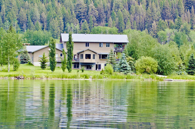 Single Family for Sale at 11450 Hebgen Lake West Yellowstone, Montana 59758 United States