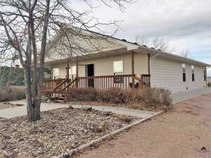 Featured Property in Fairburn, SD 57738