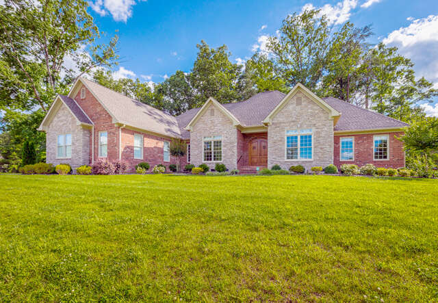 Single Family for Sale at 480 Clear Canyon Dr Hixson, Tennessee 37343 United States