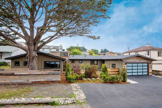 Single Family for Sale at 350 4th St Montara, California 94037 United States