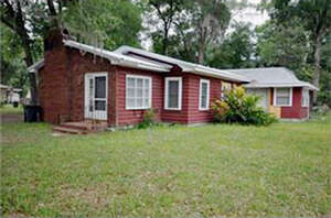 Featured Property in Lake Helen, FL 32744